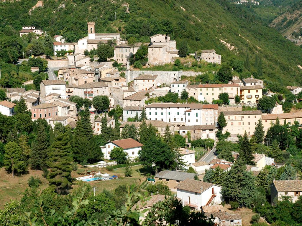 Veduta di Serrapetrona